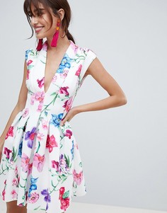Платье мини для выпускного с глубоким вырезом и вставками ASOS DESIGN - Мульти