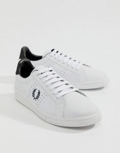 Белые кожаные кроссовки с контрастной отделкой Fred Perry - Белый