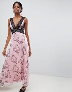 Платье макси с кружевными вставками и принтом Liquorish - Розовый