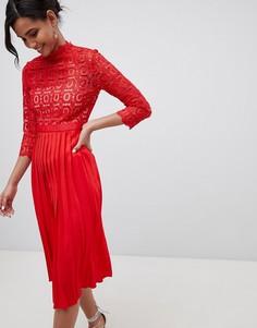 Плиссированное платье миди с кружевным топом и рукавами 3/4 Little Mistress - Красный