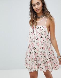 Свободное платье мини с цветочным принтом с сетчатой вставкой En Creme - Белый