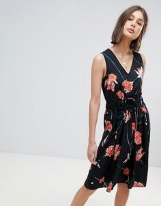 Платье миди с цветочным принтом Vero Moda - Мульти
