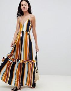 Платье макси в полоску со шнуровкой на спине и оборкой Boohoo - Мульти