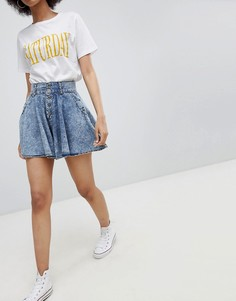Короткая расклешенная юбка с эффектом кислотной стирки Urban Bliss - Синий