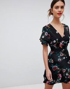 Платье с короткими рукавами, запахом и цветочным принтом Liquorish - Черный