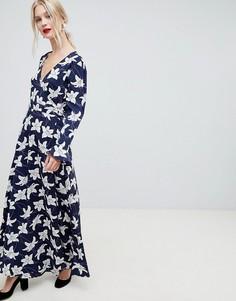 Платье макси с запахом и цветочным принтом Liquorish - Темно-синий