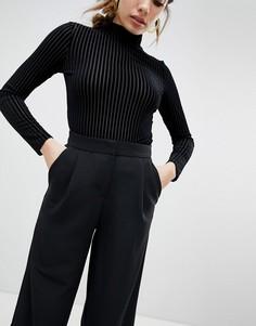Широкие укороченные брюки черного цвета Monki - Мульти