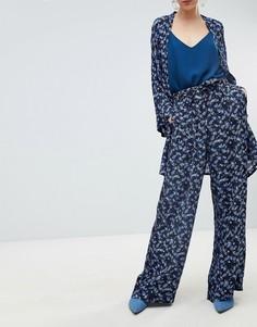 Широкие брюки с мелким цветочным принтом Gestuz - Мульти