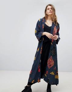 Кимоно с цветочным принтом Weekday - Синий