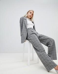 Широкие брюки в клетку Weekday - Серый