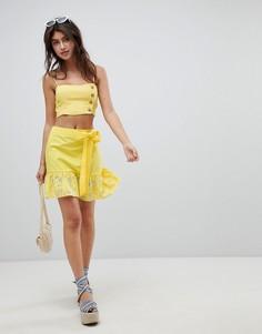 Хлопковая мини-юбка с вышивкой ришелье, поясом и оборкой ASOS DESIGN - Желтый