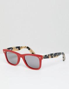 Вайфареры в красной оправе с леопардовым принтом Ray-Ban - Красный