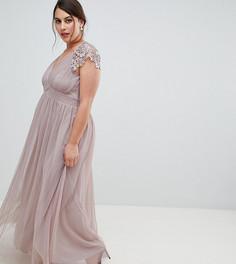 Платье макси с глубоким вырезом и фигурными краями Little Mistress Plus - Серый