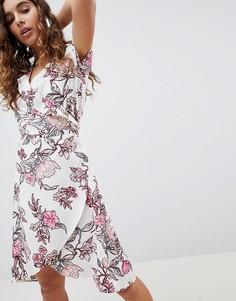 Платье с запахом и цветочным принтом b.Young - Мульти