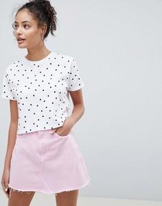 Укороченная футболка в горошек ASOS DESIGN - Белый