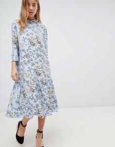Платье с высоким воротом и цветочным принтом JDY - Мульти