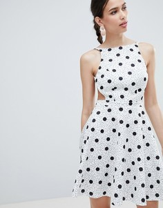 Короткое приталенное платье мини в горошек ASOS DESIGN - Мульти