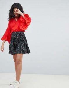 Короткая расклешенная юбка с принтом Weekday - Мульти