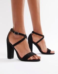 Черные босоножки на каблуке с перекрестными ремешками Glamorous - Черный