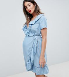 Выбеленное синее джинсовое платье с запахом и оборками ASOS DESIGN Maternity - Синий