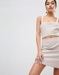 Облегающее платье мини с вырезом Bec & Bridge - Бежевый
