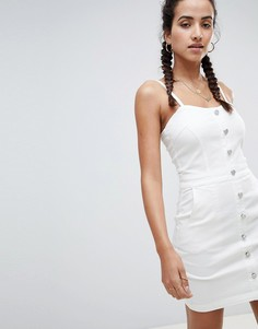Джинсовое платье с пуговицами и бретельками Missguided - Белый