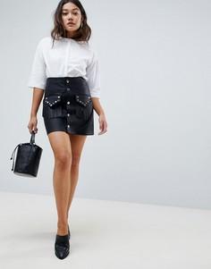 Мини-юбка из искусственной кожи с заклепками на кармане ASOS DESIGN - Черный