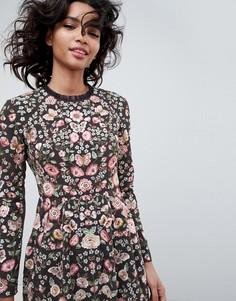 Needle & Thread embroidered long sleeve prom dress in graphite - Черный