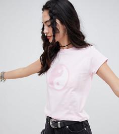 Приталенная футболка с принтом инь-ян Rokoko - Розовый