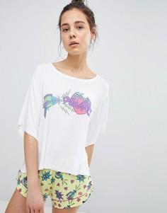 Пижама из топа и шортов с надписью Perfect Chelsea Peers - Белый