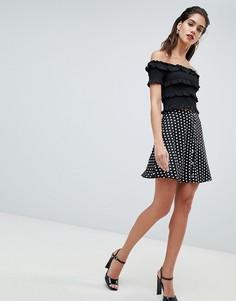 Короткая расклешенная юбка в горошек на кнопках Missguided - Черный