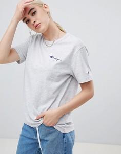 Свободная футболка с маленьким логотипом Champion - Серый