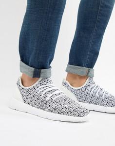 Черно-белые кроссовки с вязаным верхом Pull&Bear Runner - Белый Pull&Bear