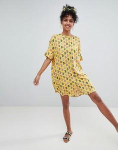Желтое платье с принтом тигра Monki - Желтый