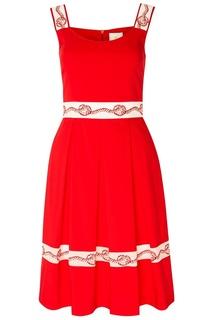 Красное платье с контрастной отделкой The Dress