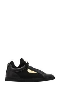 Черные кроссовки с золотистыми вставками Fendi