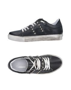 Низкие кеды и кроссовки Riccianera