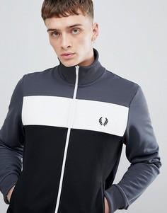 Темно-серая спортивная куртка в стиле колор блок Fred Perry Sports authentic - Серый