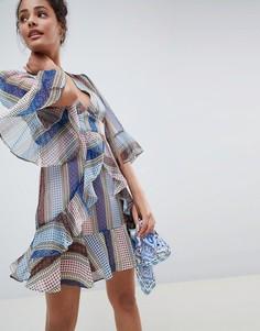 Платье с оборками и геометрическим принтом Glamorous - Мульти