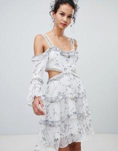 Платье миди с открытыми плечами и цветочным принтом Glamorous - Белый
