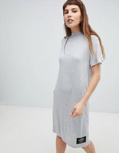 Платье-футболка с высоким воротником Cheap Monday - Серый