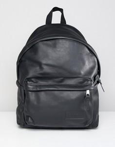 Уплотненный кожаный рюкзак объемом 24 л Eastpak PakR - Черный