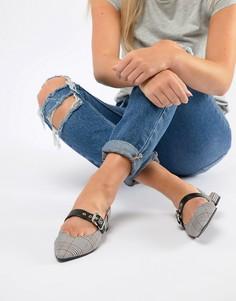 Серые туфли в клетку с ремешком через пятку Pull&Bear - Серый