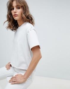 Трикотажная футболка с заклепками AllSaints - Белый