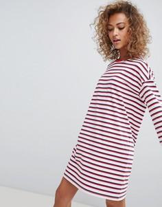 Платье-футболка в разноцветную полоску с круглым вырезом Monki - Мульти