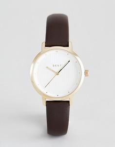 Часы с коричневым кожаным ремешком DKNY Modernist - Коричневый