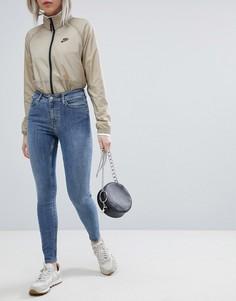 Супероблегающие джинсы с завышенной талией Weekday - Синий