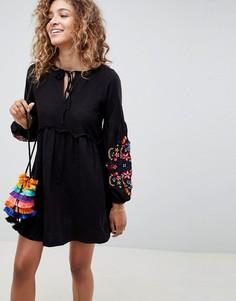 Платье с вышивкой на рукавах ASOS DESIGN - Черный