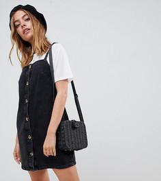 Черное джинсовое платье-комбинация ASOS DESIGN Petite - Черный