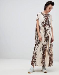 Асимметричное платье с оборкой и принтом Weekday - Мульти